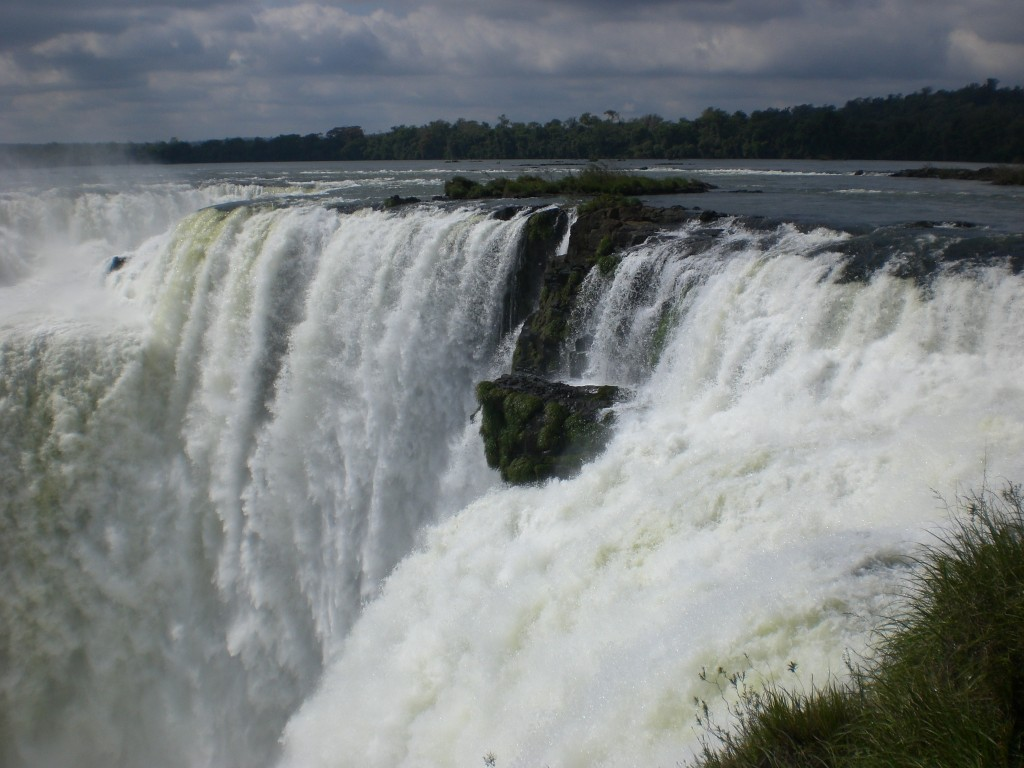 Garganta del Diablo (The Devil's Throat), Iguazu Falls, Argentina