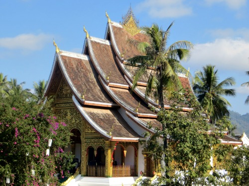 Temple with classic Lao roof on the grounds of the Royal Palace Museum.